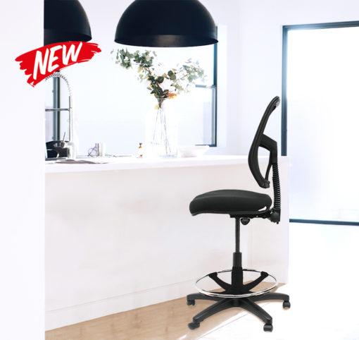 Smesh Drafting chair on scene
